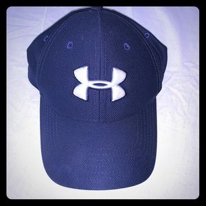 Men's navy Under Armour hat